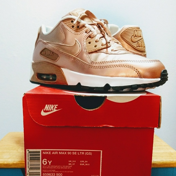 Like New Nike Air Max 90 SE Rose Gold ⚡